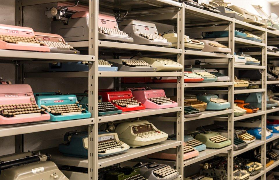 hotel-das-stachelburg-schreibmaschinenmuseum-_tv-partschins-helmuth-rier.jpg