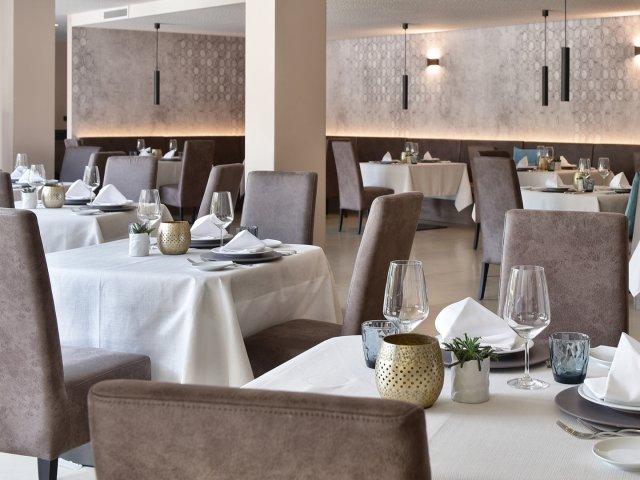 hotel-das-stachelburg-speisesaal.jpg